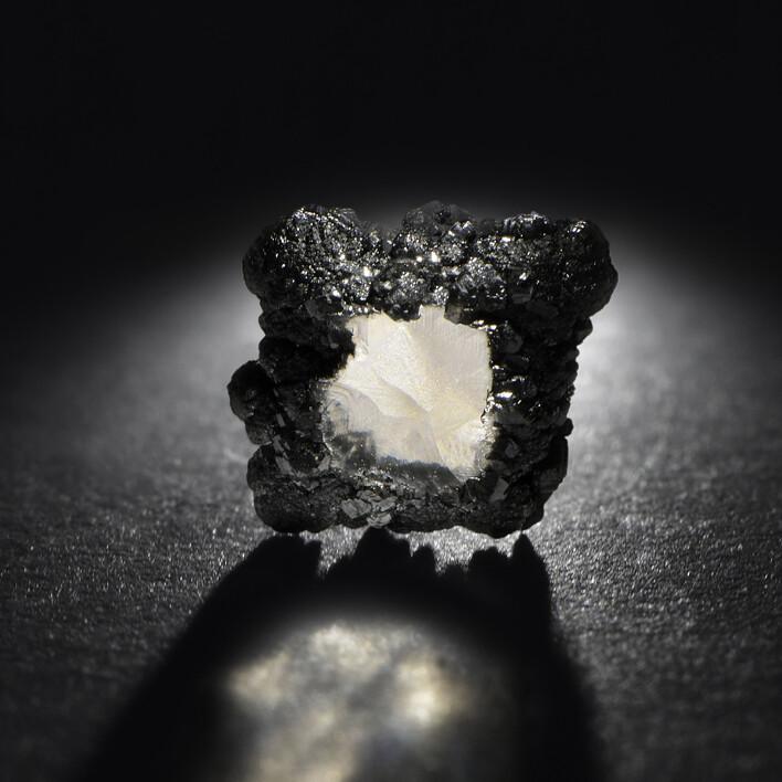 Diamant synthétique brut - Courbet