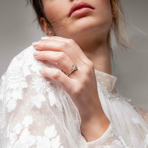 Bague à porté de clic - Halo C de Courbet en or blanc 18K recyclé et diamants de synthèse - Courbet