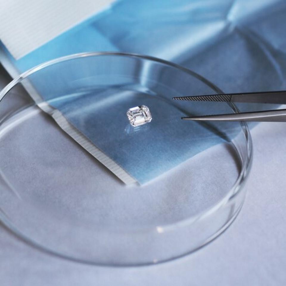 Courbet joaillerie durable diamant synthetique Place Vendôme or recyclé