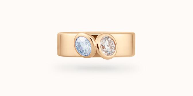 Bague 2 Courbet - Or jaune 18K (7,00g), 2 diamants (1 bleu) 1ct - Face - Courbet