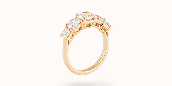 Bague solitaire Quintet - Or jaune 18K (4,50 g), 5 diamants 1,20 cts - Côté
