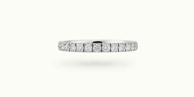 Alliance demi-pavée (2,3 mm) - Or blanc 18K (2,90 g), diamants 0,40 ct - Courbet