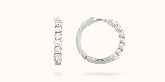 Boucles d'oreilles - Or blanc 18K (4,20 g), diamants 0,70 carat
