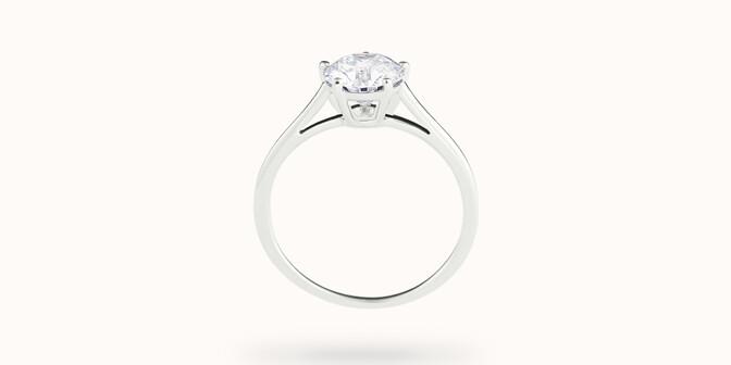 Bague solitaire cinq griffes - Or blanc 18K (1,80 g), diamant 0,5 ct - Profil - Courbet