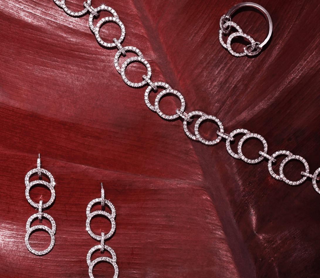 Collier Or Blanc et Diamants de synthèse 5,26 cts  - Celeste - Courbet - Nature Morte