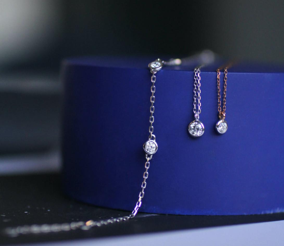Collier Origine - Or blanc 18K (1,70 g), diamants 0,1 cts - Vue 3
