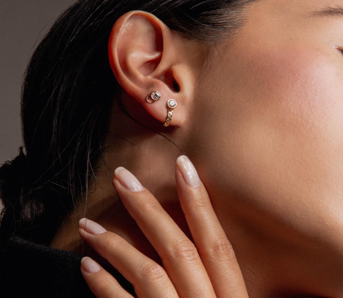 Mono boucle d'oreille puce ORIGINE en or rose 18K recyclé et diamant de synthèse 0,05ct - Courbet - Vue 3